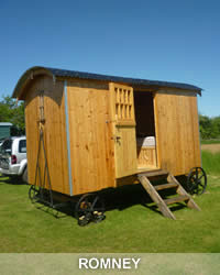 Come and stay in our Shepherd's Hut - Romney